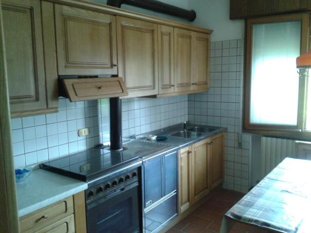 Cucina Anni 80 : Vendo casa ormelle